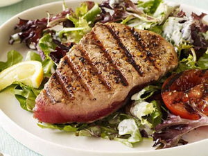 How to prepare Grilled Tuna Salad with Garden Dressing