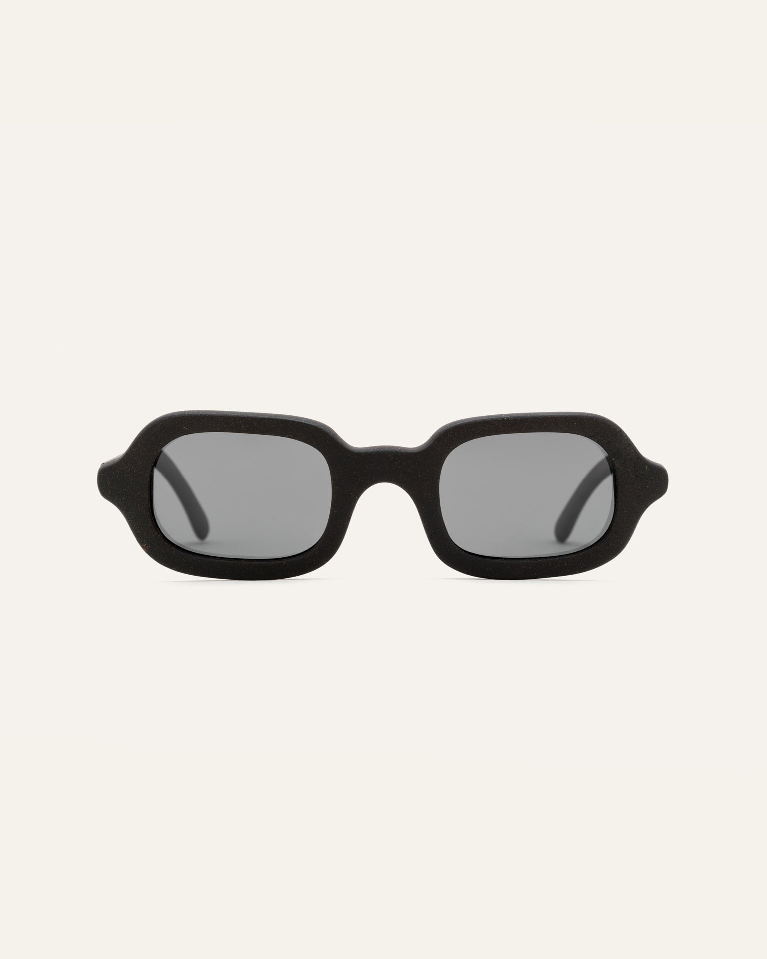 sustainable sunglasses rectangular frame