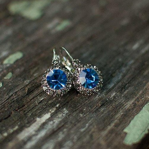 Vintage Earring Queen Blue