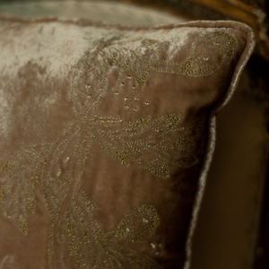 Cushion Antique Rose Embrodery