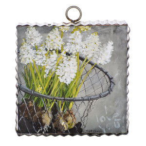 Mini Impression Basket Print