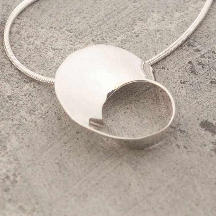 Swirl Silver Pendant Necklace