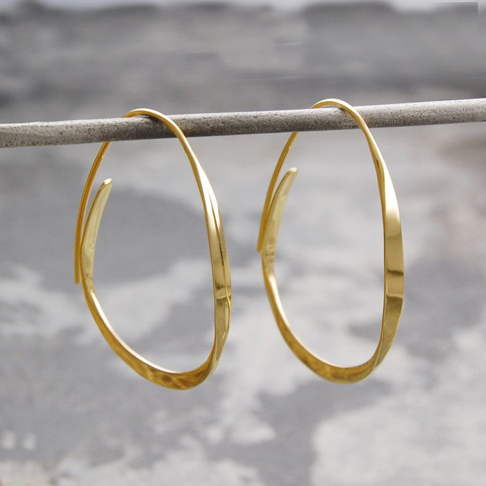Curl Gold Hoop Earrings
