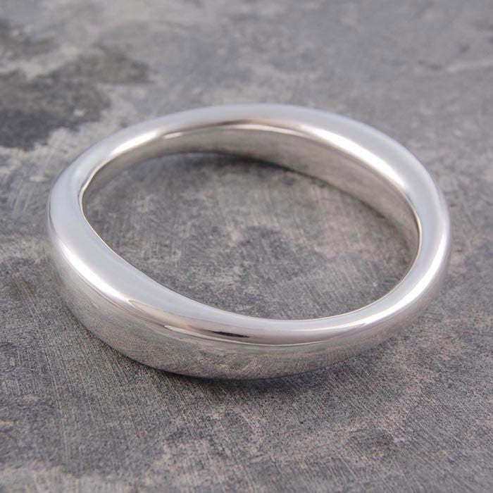 Graduated Chunky Silver Bangle