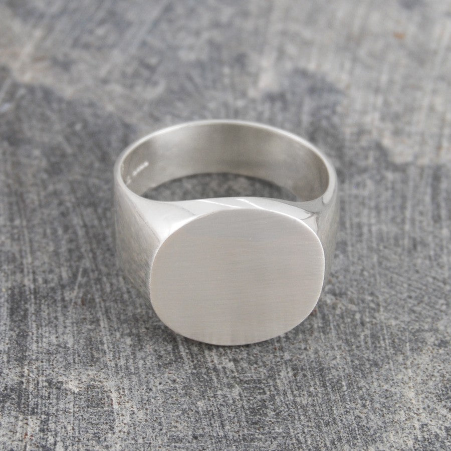 Round Mens Silver Signet Ring