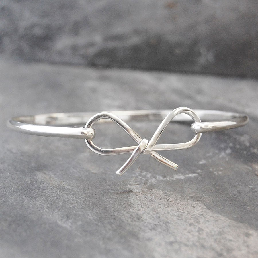 Bow Silver Hinged Bangle