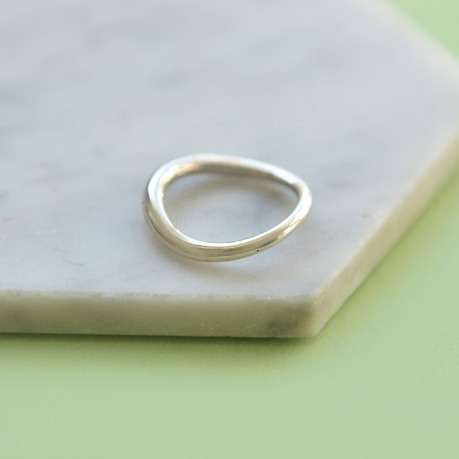 Graduated Sterling Silver Solid Ring
