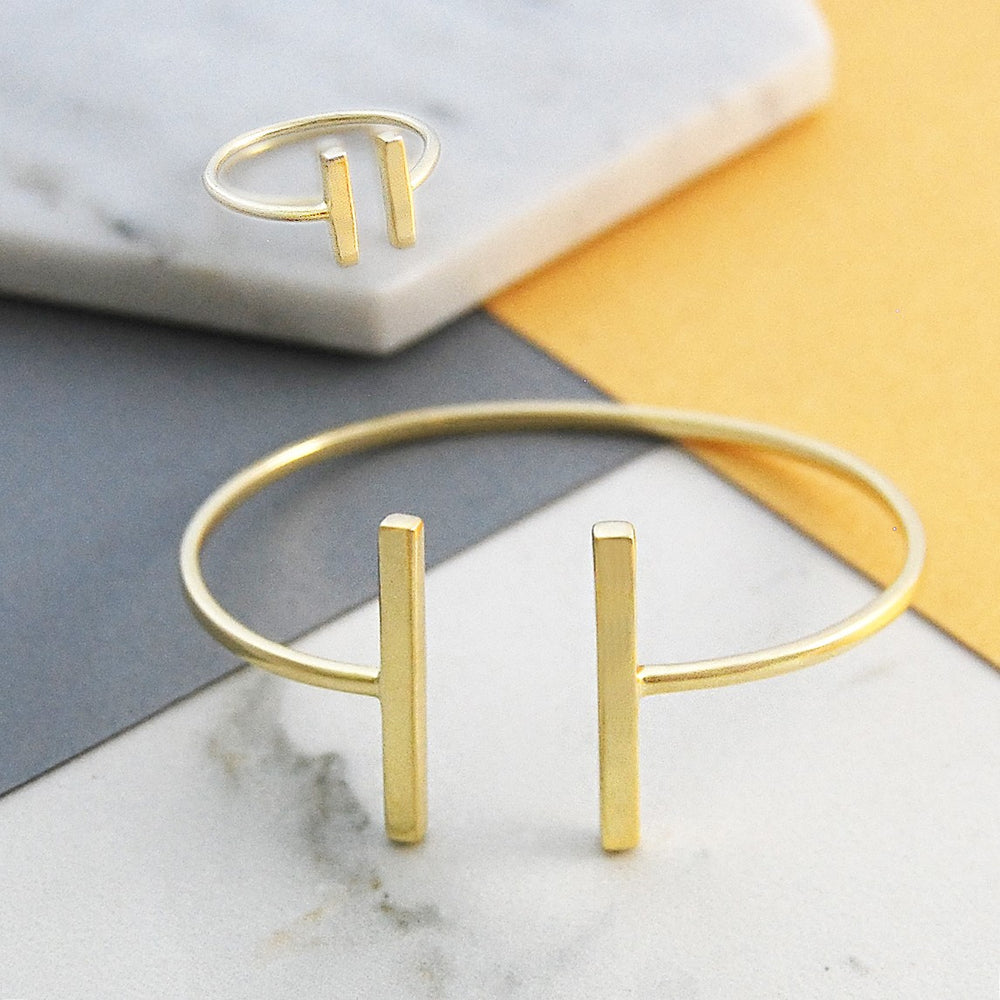 Bar Contemporary Gold Ring