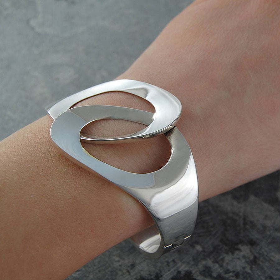 Scissors Silver Hinged Bangle