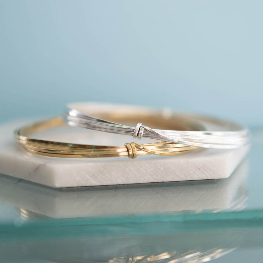 Round Sterling Silver Wire Bangle