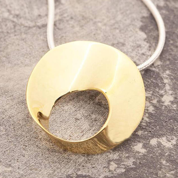 Statement Gold Wave Necklace