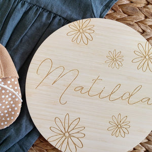 Falling Daisies Name Plaque