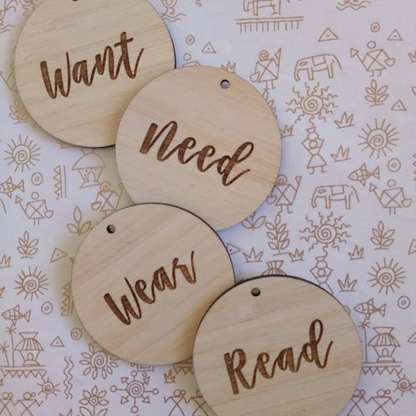 Want - Need - Wear - Read Gift Tags [SCRIPT]