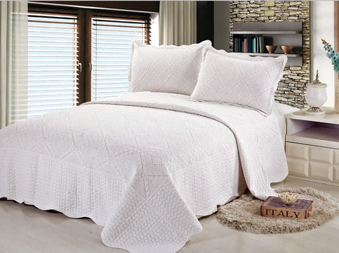 Embroidered 3 Piece Bed Quilt/ Bedspread/ Coverlet - White Diamond
