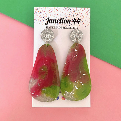 6.5cm rose pink, ice green and silver dangle. Junction 44.