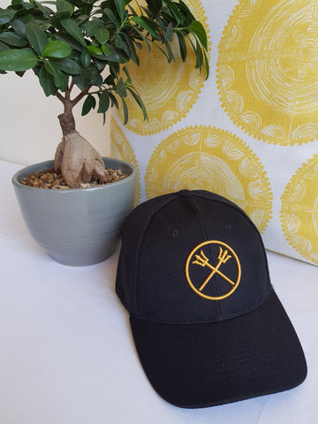 BLACK AND GOLD TRIDENT CAP