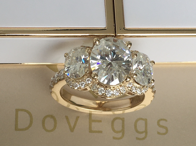 doveggs oval three-stone halo moissanite ring/lab grown diamond engagement ring