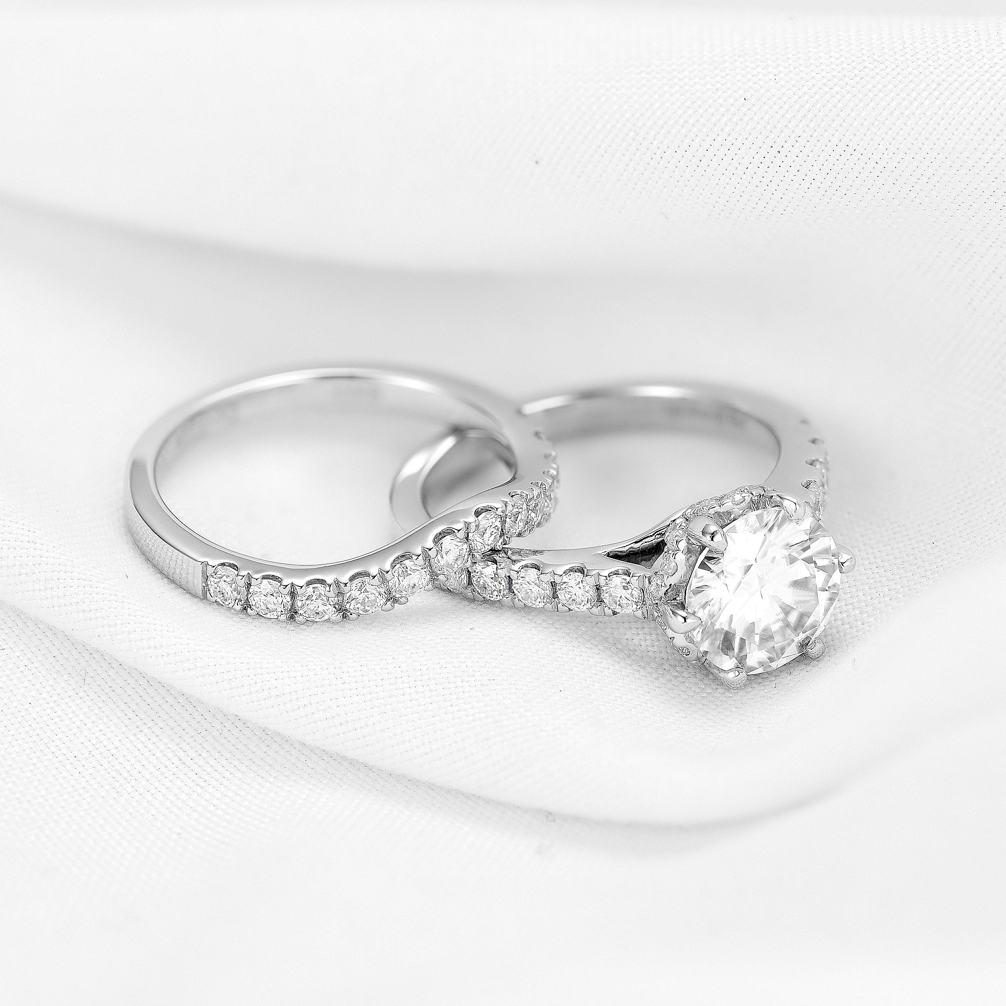 doveggs round solitare moissanite ring in sterling silver(engagement ring only)