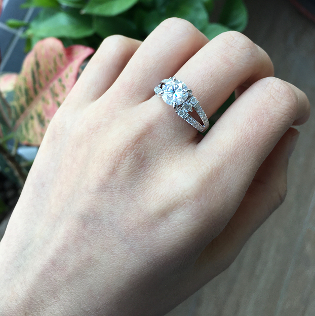 doveggs round pave moissanite ring with split band