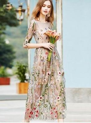 Bohemian Floral Embroidered Dress - MaestosoRosso_Fashion_Store