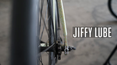 Jiffy Lube: How to clean and lube a chain, fast.