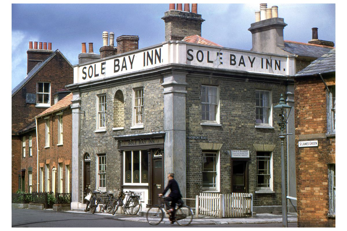 Sole Bay Inn, Southwold, Hardwicke Knight c.1955