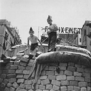 Two boys on a barricade, Barcelona by Gerda Taro - August 1936