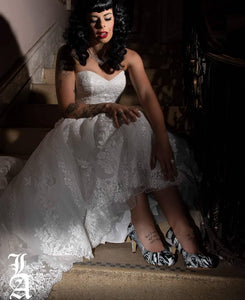 Pinup girl favourite Bettie Page featured in stunning wedding dress photo shoot for Shoesbyhaze