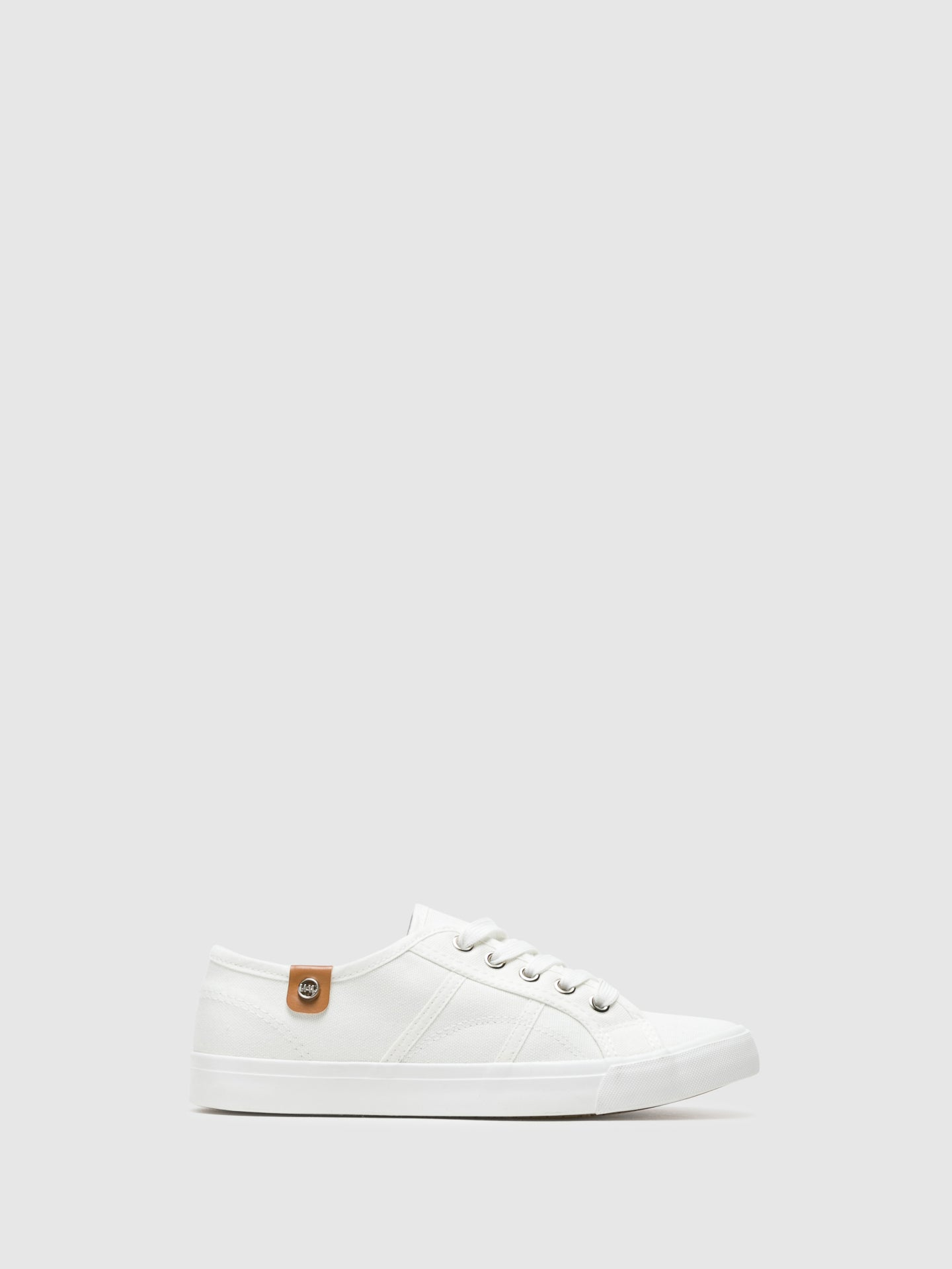 BEPPI Zapatillas con Cordones en color Blanco