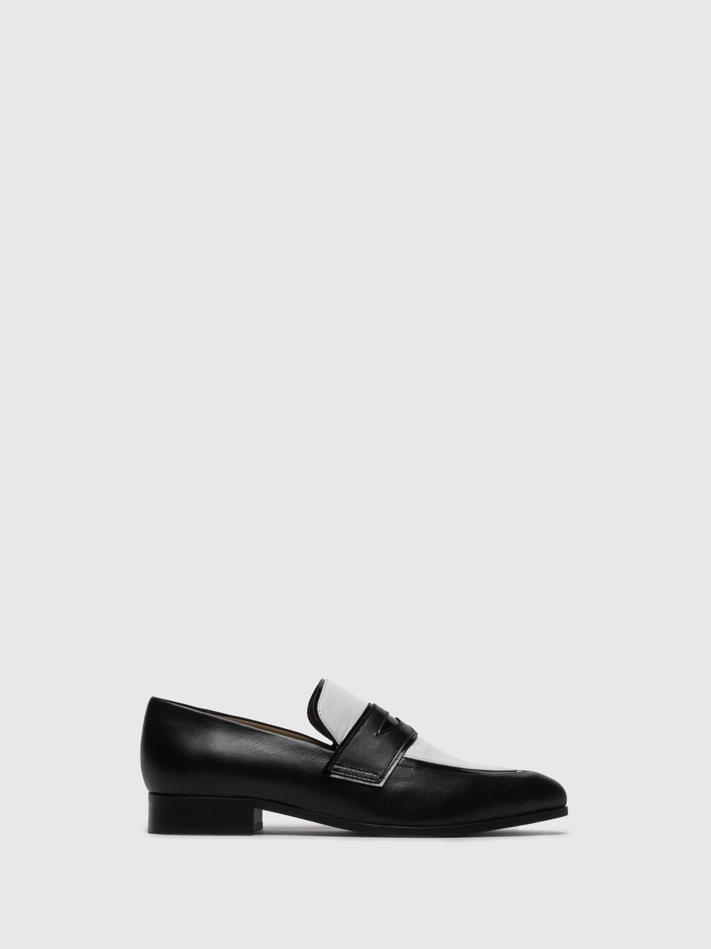 JJ Heitor Zapatos Loafers en color Ante Negro
