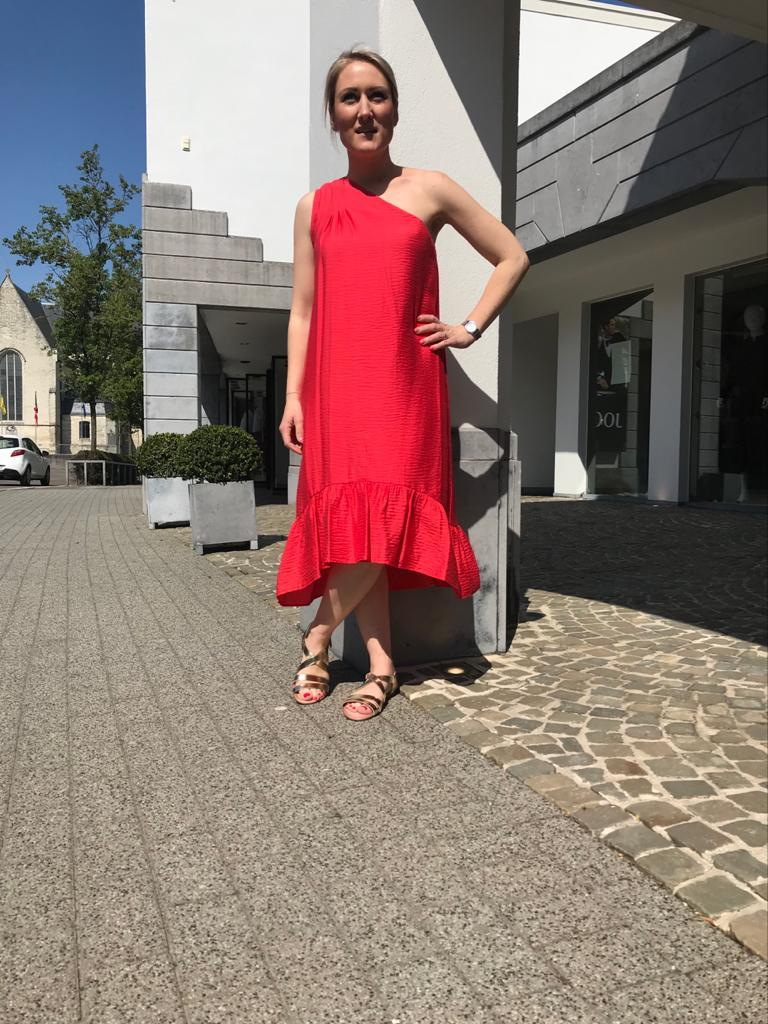 Acoté - one sleeve coral reddish pink shade of orange toroweap dress