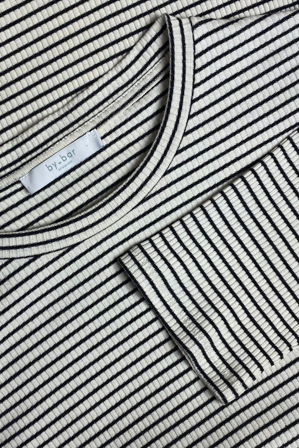 By-Bar - maya striped rib black-off white