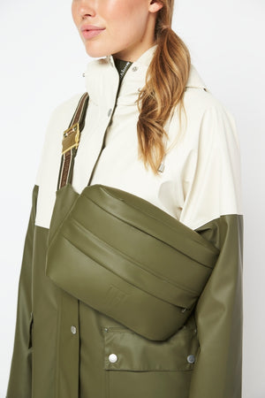 Ilse Jacobsen - army green belt bag