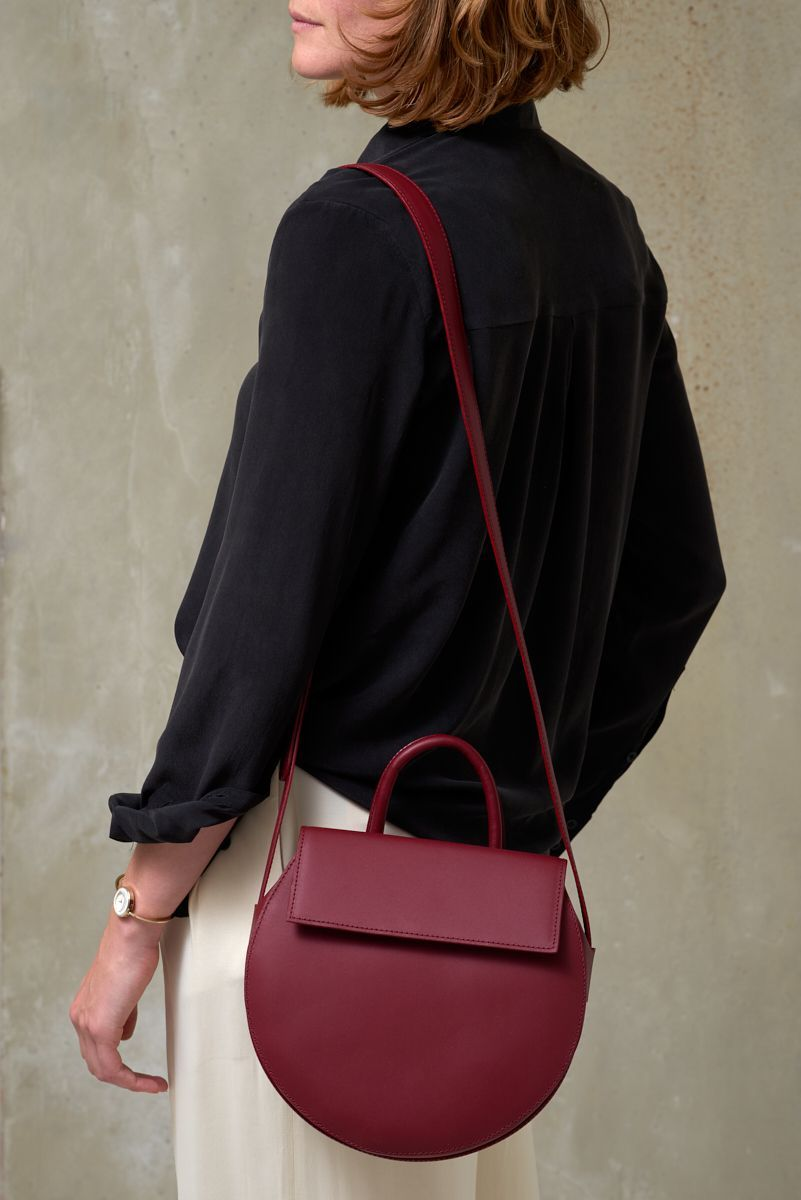 Lies Mertens manon bordeaux bag
