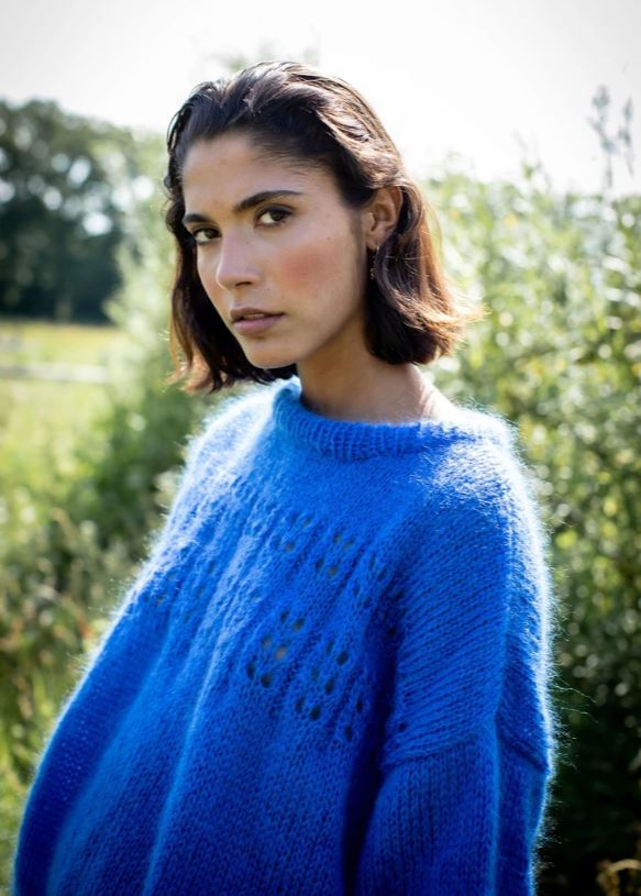 Made By Vest - sweater marcelle cobalt blue