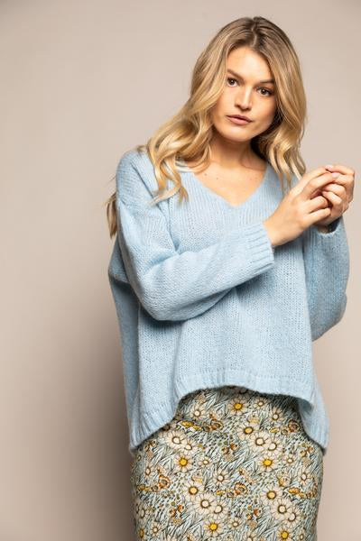 Wearable Stories - mary light blue knit pull