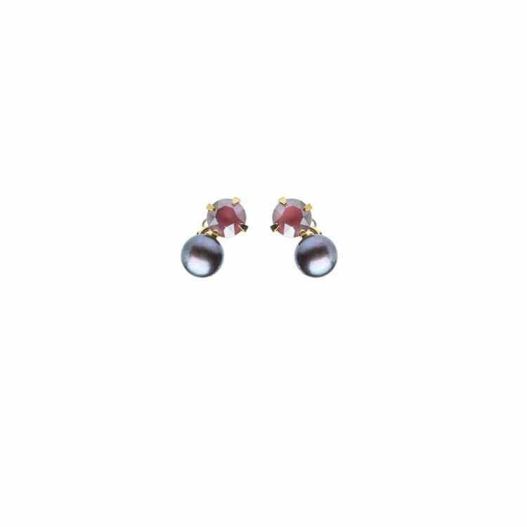 Wouters & Hendrix -  red crystal & peacock pearl studs