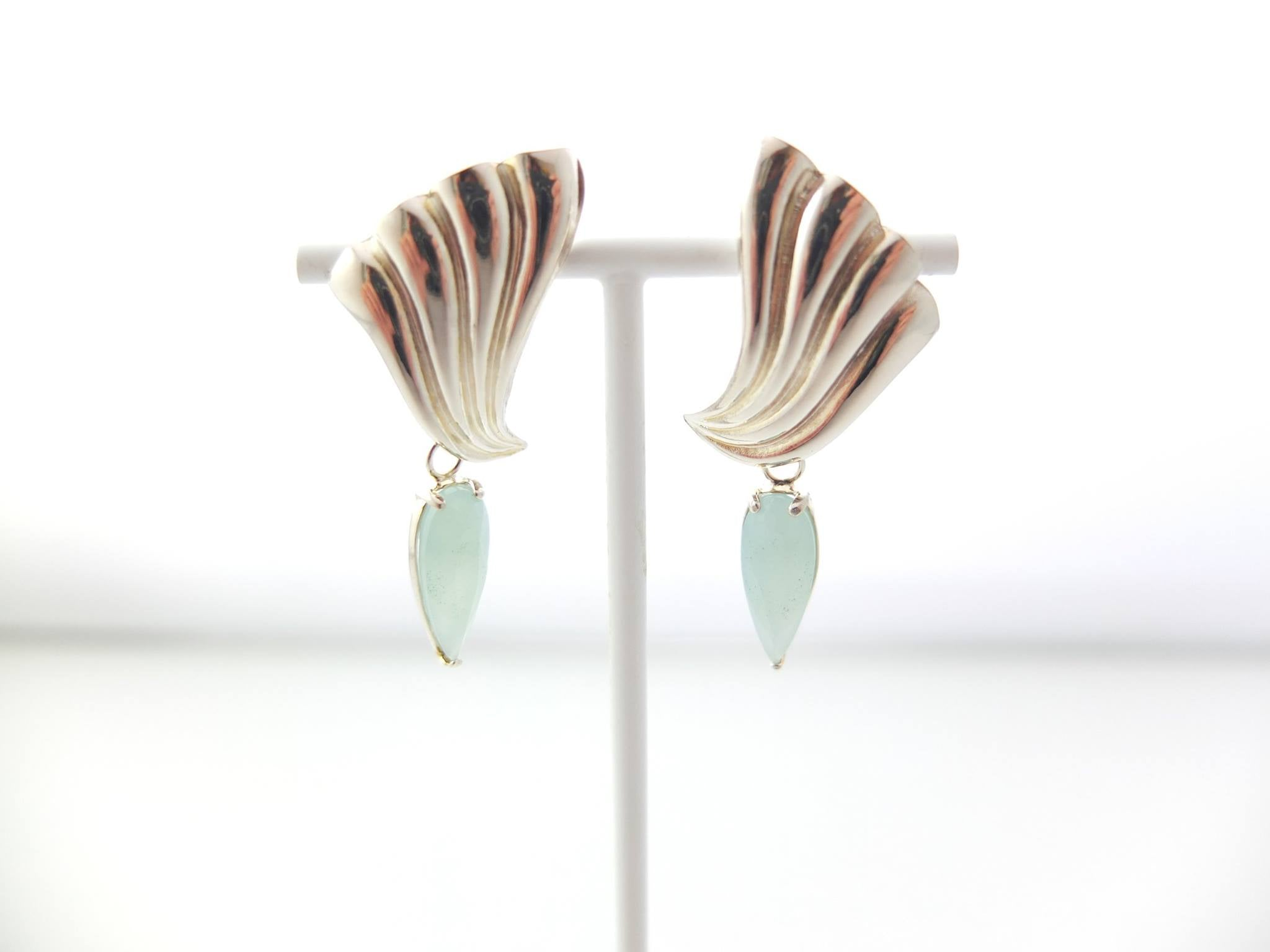 Wouters & Hendrix - silver earrings with blue chalcedony