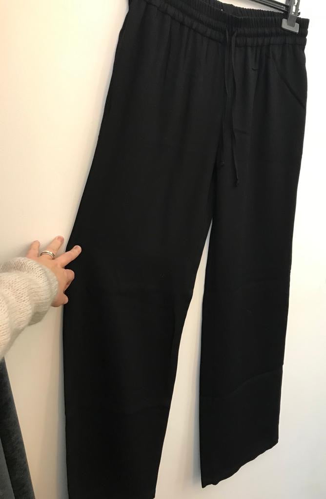 Wearable Stories - avah trousers black