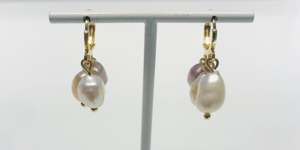 SAM&CEL goldplated hoops with freswater pearls