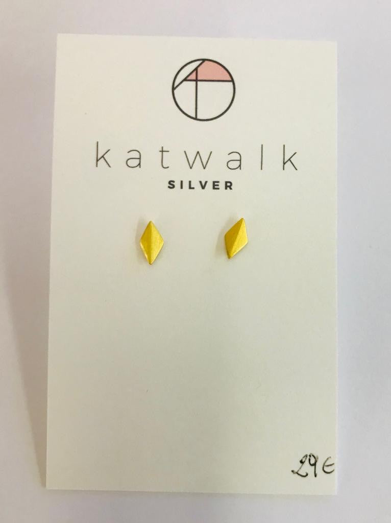 Gold plated sterling silver 925 diamond shape stud earrings by the Belgian brand Katwalk Silver.