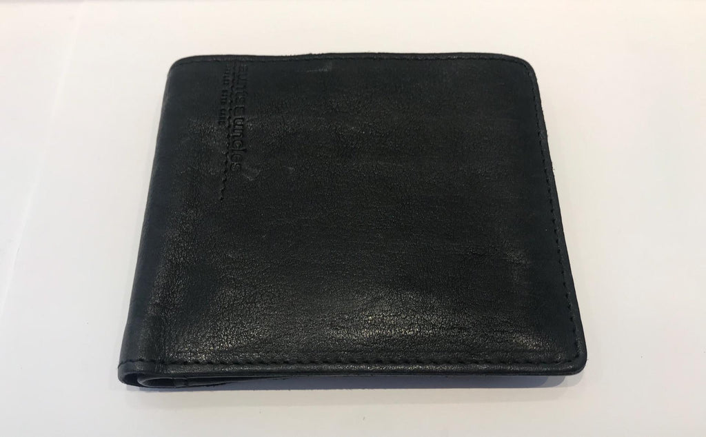 Anthracite wallet by Aunts&Uncles in vegetal tanned cowhide.