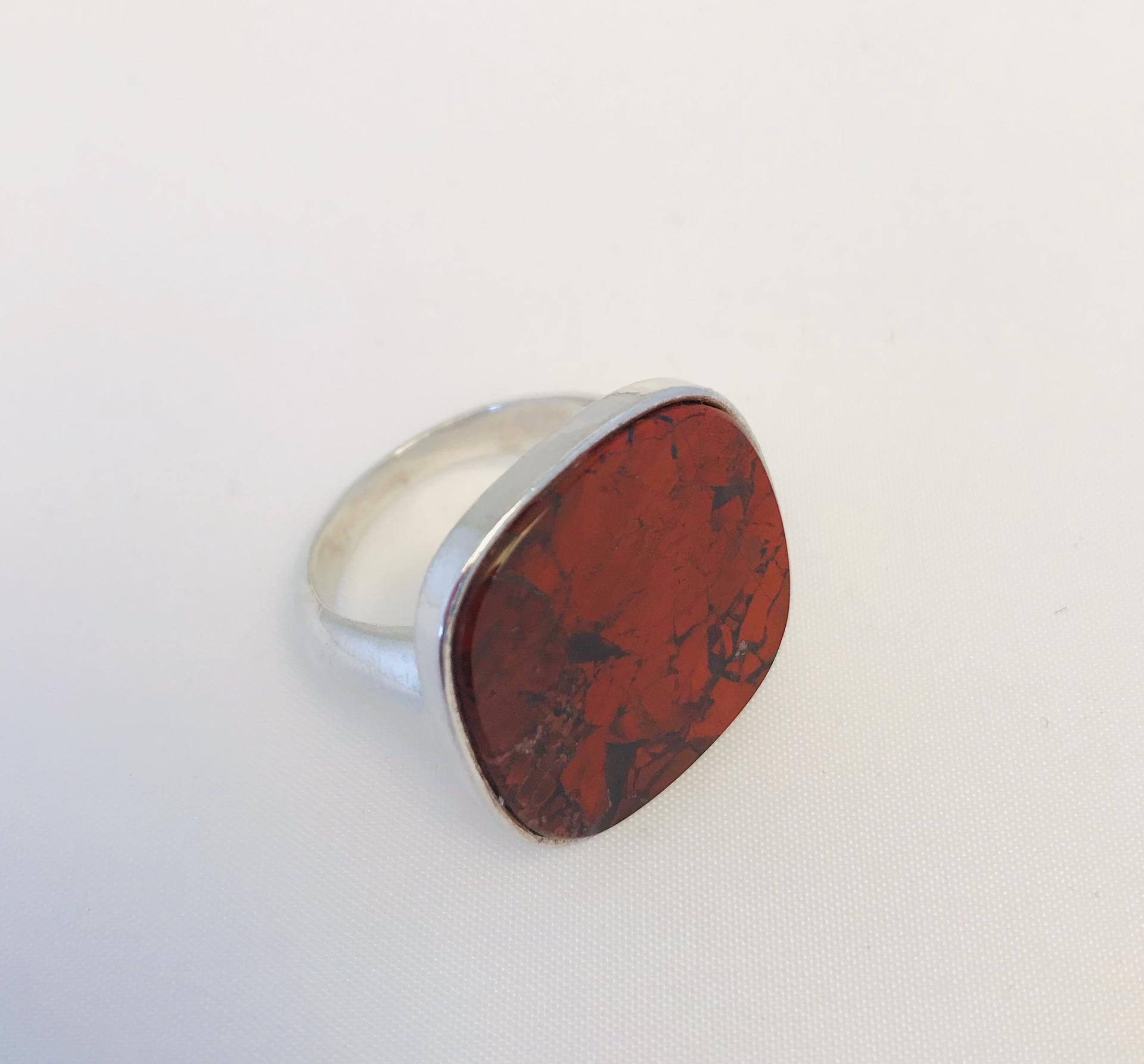 Wouters & Hendrix -  silver ring with red jasper