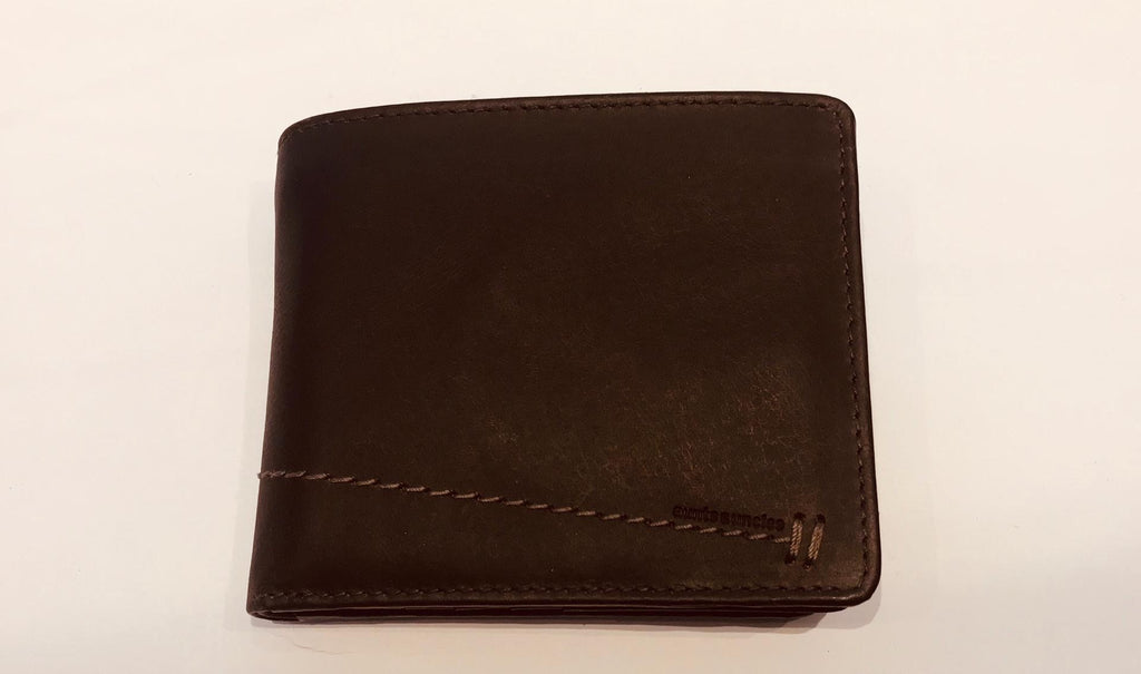 The dark brown fine grain cow leather wallet by Aunts&Uncles.