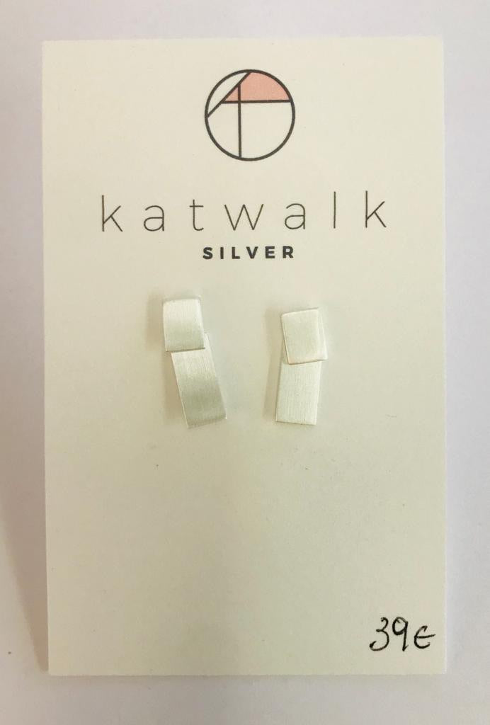 Sterling silver 925 double rectangle stud earrings by the Belgian brand Katwalk Silver.  You can wear the earrings in two ways.