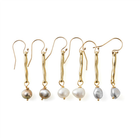 SERENA EARRINGS - BRASS AND PEARLS