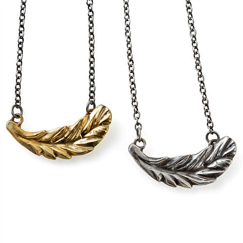 WINGED PENDANT NECKLACE