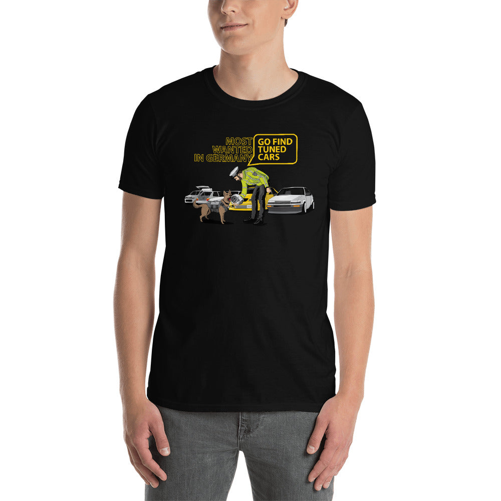 FIND TUNED CARS T-shirt + MOVIE