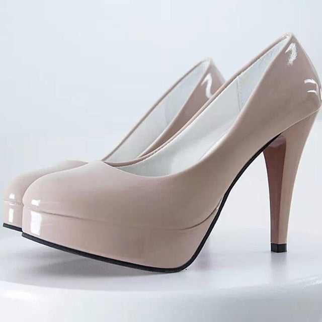 Classic polished pumps rounded toe, slip-on elegant classic pump heels.