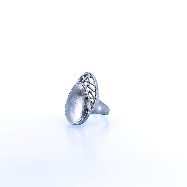 Women's Oval Silver Ring